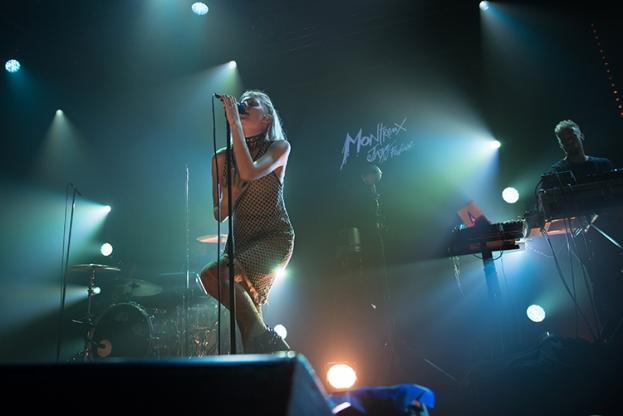 Aurora Aksnes sur la scène du Montreux Jazz Lab. © Oreste Di Cristino