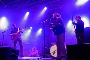 The Rambling Wheels, accompagnés sur scène du Britannique Mark Kelly (à droite). © Oreste Di Cristino