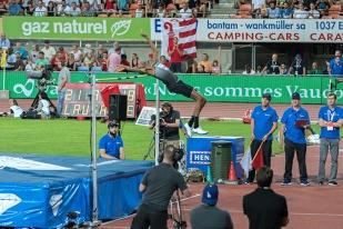 Mutaz Barshim (QAT) est le seul à dominer le pallier des 2,35 mètres. Sa performance lui vaut le primat au 41e Athletissima. © Oreste Di Cristino