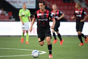 Raphaël Nuzzolo s'est retrouvé en véritable meneur du jeu lors de la seconde période de la rencontre. © Oreste Di Cristino