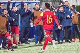 Alexander Martinez célèbre son eurogoal à la 91e minute de jeu. Andorre réduit la marque à 2-1, contre toute attente. © Oreste Di Cristino