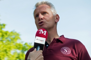 Interview d'après-match avec Marc Bouchet (président du SRC). © Oreste Di Cristino / leMultimedia.info