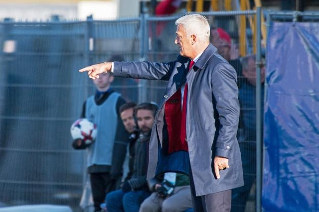 Vladimir Petkovic a salué le calme dont a fait preuve le Suisse face aux Îles Féroé. © Oreste Di Cristino / leMultimedia.info
