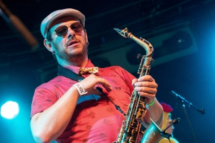 Mandours des Funky Style Brass au saxophone alto. © Oreste Di Cristino / leMultimedia.info