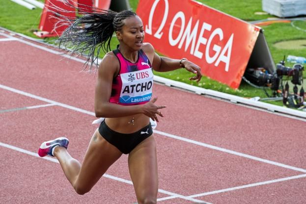 Sarah Atcho au bout de ses 200 mètres au meeting d'Athletissima. © Oreste Di Cristino / leMultimedia.info