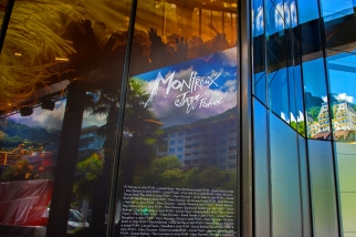 La façade du 2M2C aux couleurs du Montreux Jazz Festival 2017. © Oreste Di Cristino / leMultimedia.info