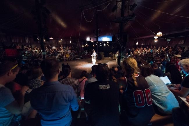 La conférence de presse d'ouverture de la 42e édition du Paléo Festival au chapiteau de La Ruche. © Oreste Di Cristino / leMultimedia.info