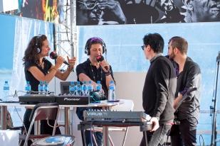 """Greg Gonzalez répond aux questions de Yann Zitouni et Pauline Seiterle dans l'émission """"Paradiso"""" sur la Première. © Oreste Di Cristino / leMultimedia.info"""