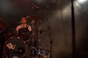 Elia Sommacal à la batterie lors du set de Bomba Titinka au Montreux Jazz Festival. © Oreste Di Cristino / leMultimedia.info