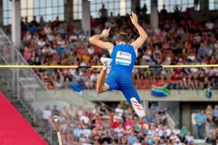 Kurtis Marshall a signé la meilleure performance personnelle de sa carrière à 5,73 mètres à Lausanne. © Oreste Di Cristino / leMultimedia.info
