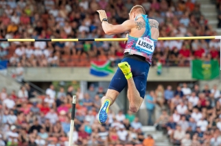 Le médaillé de bronze des derniers championnats du Monde à Pékin en 2015 n'est pas parvenu à passer la barre des 5,81 mètres, à un centimètre de son Personal Best. © Oreste Di Cristino / leMultimedia.info