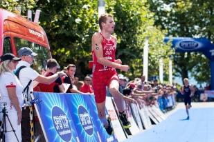Maxime Fluri réussit une belle passe en terminant sur le podium à Ouchy. © Oreste Di Cristino / leMultimedia.info