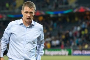 Viktor Goncharenko, entraîneur du CSKA Moscou, quitte satisfait mais méfiant le Stade de Suisse de Berne. © Oreste Di Cristino / leMultimedia.info