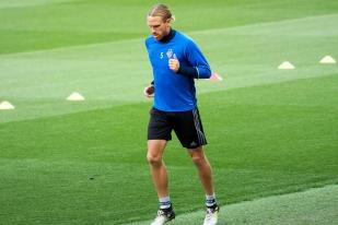 Michael Lang devrait être titularisé mardi soir à Old Trafford. © Oreste Di Cristino / leMultimedia.info