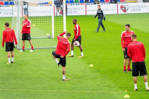 La Suisse à l'entraînement 24 heures avant Lettonie-Suisse au Skonto Stadium de Riga. © Oreste Di Cristino / leMultimedia.info