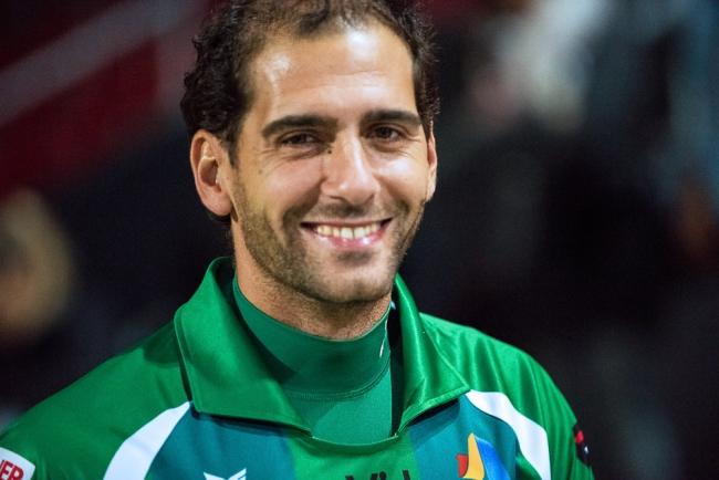 Instants du match: Federico Nicastro, le sourire aux lèvres au sortir du Stade de la Maladière. © Oreste Di Cristino / leMultimedia.info