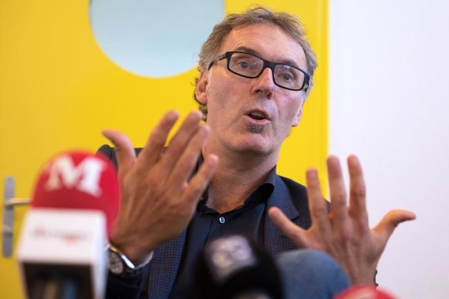 Laurent Blanc a accepté de répondre à la presse en marge de son entraînement avec la jeunesse du Canton de Vaud. © leMultimedia.info / Oreste Di Cristino