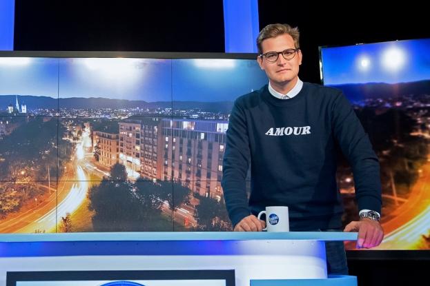 Jérémy Seydoux, présentateur du « Geneva Show » sur Léman Bleu. © leMultimedia.info / Oreste Di Cristino