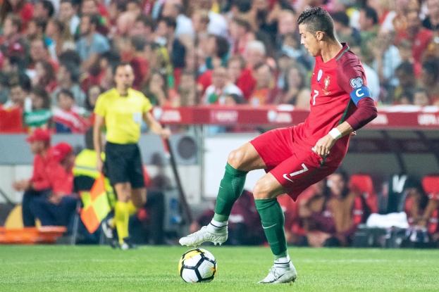 Cristiano Ronaldo n'a pu se procurer de grandes occasions envers la cage de Yann Sommer. La seule obtenue à la 79e lui a échappée des pied. © leMultimedia.info / Oreste Di Cristino