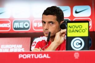 Blerim Dzemaili n'a traduit aucune pression sur son visage lors de la conférence de presse lundi après-midi à Lisbonne. © leMultimedia.info / Oreste Di Cristino