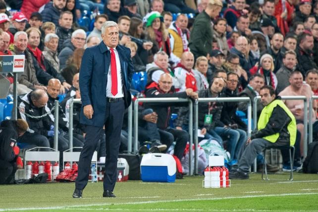 Vladimir Petkovic est heureux du lien de confiance qui passe entre lui et ses joueurs. © leMultimedia.info / Oreste Di Cristino