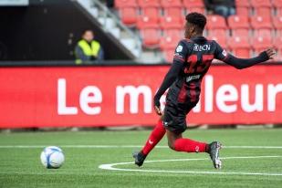 Steve Lawson s'est également illustré par un but (25e) face au FC Wohlen. Milieu de terrain, l'international togolais s'est diverti dans une position qui lui sied parfaitement. © leMultimedia.info / Oreste Di Cristino