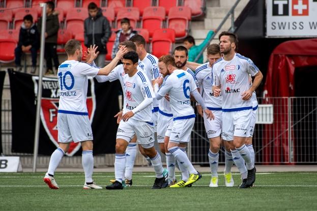 La joie temporaire des joueurs du FC Wohlen après l'égalisation provisoire à 1-1 de Kuzmanovic à la 7e minute de jeu. © leMultimedia.info / Oreste Di Cristino