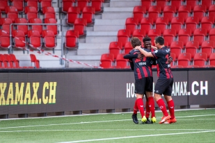 Le 2-1 de Steve Lawson à la 25e minute de jeu face au FC Wohlen. © leMultimedia.info / Oreste Di Cristino