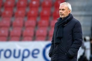 Michel Decastel heureux au terme de la rencontre, bien qu'un peu contrarié par les deux buts inscrits pas Wohlen (7e et 74e). © leMultimedia.info / Oreste Di Cristino