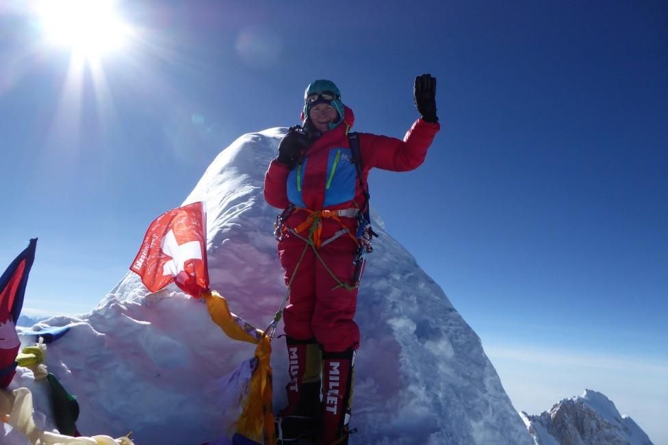 Sophie Lavaud au sommet du Manaslu au Népal le 26 septembre 2017. [Archives de Sophie Lavaud]