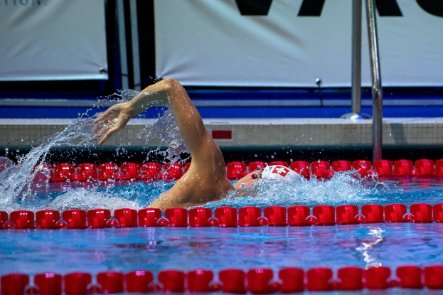 Le Suisse Niels Liess sur 400 mètres nage libre. © leMultimedia.info / Oreste Di Cristino