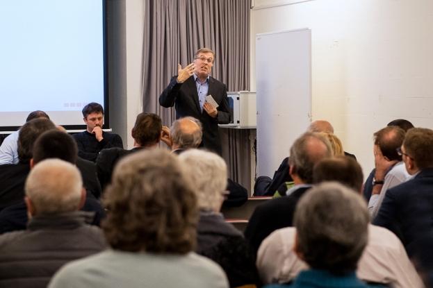 Jean-Michel Cina était invité à présenter l'initiative « No Billag » lors de l'Assemblée Générale du PDC Vaud lundi 22 janvier 2018. © leMultimedia.info / Oreste Di Cristino