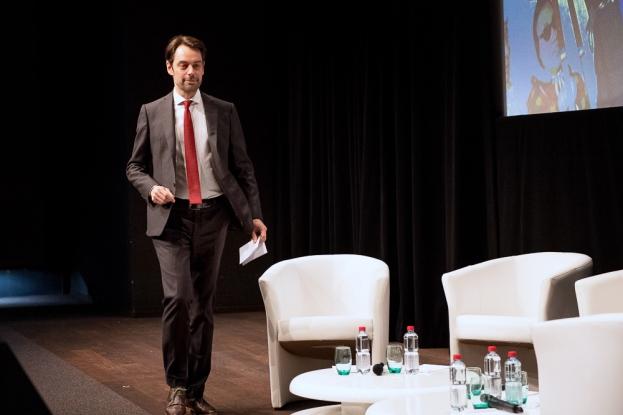 Le directeur de la RTS Pascal Crittin a tenu un discours sage devant l'assistance de l'Auditorium du Musée Olympique de Lausanne. © leMultimedia.info / Oreste Di Cristino