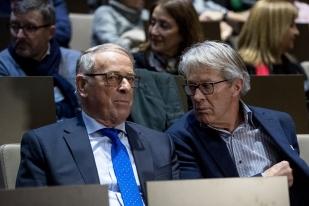 L'ancien Conseiller fédéral et Président de la Confédération Adolf Ogi aux côtés de Bernhard Russi (à droite). © leMultimedia.info / Oreste Di Cristino