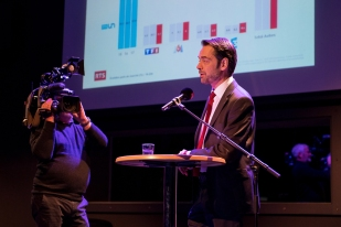 Pascal Crittin : « Nous sommes très fier qu'une série télévisée suisse soit diffusée au Danemark quand on sait ce que représente ce pays sur les séries. » © leMultimedia.info / Yves Di Cristino