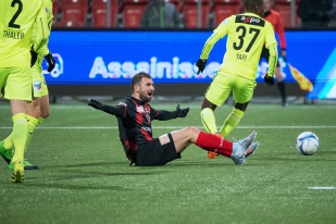 Marco Delley a retrouvé la Maladière pour la première fois depuis son départ pour le Servette FC la saison dernière. © leMultimedia.info / Oreste Di Cristino