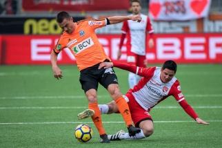 Les contrastes étaient de la partie mais le match s'est complètement fermé en première période. © leMultimedia.info / Oreste Di Cristino