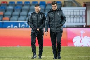 L'entraîneur du FC Bâle Raphaël Wicky (à droite) et son adjoint Massimo Lombardo peuvent néanmoins tirer un bilan positif de leur première saison à la tête du club rhénan. © leMultimedia.info / Oreste Di Cristino