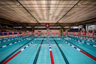 Le grand bassin des Vernets (Genève) sera encore à l'honneur dimanche pour la quatrième et dernière journée des Championnats suisse 2018. © leMultimedia.info / Oreste Di Cristino
