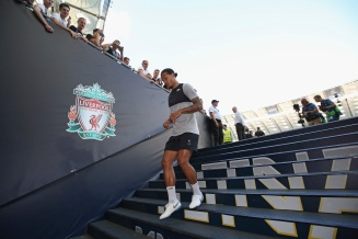 KIEV, UKRAINE - MAY 25: In this handout image provided by UEFA Virgil van Dijk of Liverpool returns to the dressing room after a training session ahead of the UEFA Champions League Final against Real Madrid at NSC Olimpiyskyi Stadium on May 25, 2018 in Kiev, Ukraine. (Photo by UEFA/UEFA via Getty Images) *** Local Caption *** Virgil van Dijk