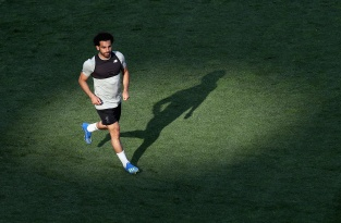 KIEV, UKRAINE - MAY 25: Mo Salah in action during the Liverpool Training Session during the UEFA Champions League final between Real Madrid and Liverpool on May 25, 2018 in Kiev, Ukraine. (Photo by Christopher Lee - UEFA/UEFA via Getty Images) *** Local Caption *** Mo Salah
