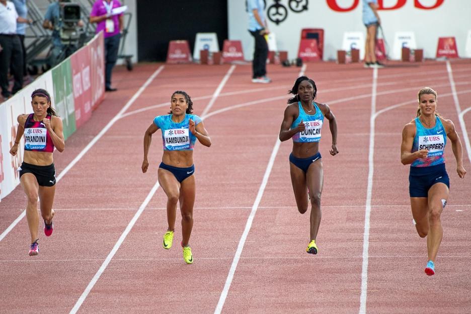 Mujinga Kambundji se frottera aux meilleures mondiales sur la distance reine des 100 mètres à Doha. Ici, elle court lors du meeting d'Athletissima en août 2017. © leMultimedia.info / Oreste Di Cristino [Archives]