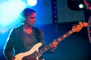 Pierangelo Crescenzio, guitariste réputé et professeur à l'EJMA, aura accompagné le duo de son fils au Blues Rules, ainsi que d'autres groupes de la scène crissiroise. © leMultimedia.info / Oreste Di Cristino