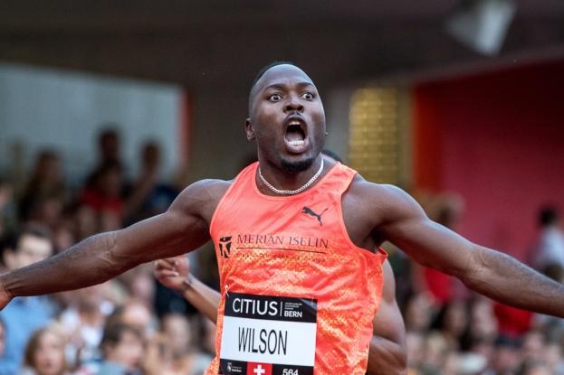 """Alex Wilson a été supersonique au meeting CITIUS de Berne. Le sprinteur des Old Boys Basel a battu pour la deuxième fois de la saison son record de Suisse sur 200 mètres (en 20""""26). © leMultimedia.info / Oreste Di Cristino"""