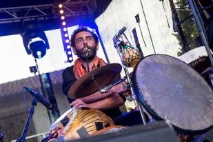 ...et des tambours d'eau... © leMultimedia.info / Oreste Di Cristino