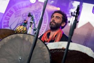 ...et Robin Vassy ont livré une musique au retour de la spiritualité et un versant de chamanisme au IX° Blues Rules Crissier Festival. © leMultimedia.info / Oreste Di Cristino