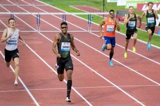La concurrence, dont faisait partie Karsten Warholm, n'a pas pu suivre le rythme. Le champion du monde norvégien est également parvenu à courir les 400m haies en moins de 48 secondes, mais cela n'a pas suffit pour l'emporter à Lausanne. © leMultimedia.info / Oreste Di Cristino
