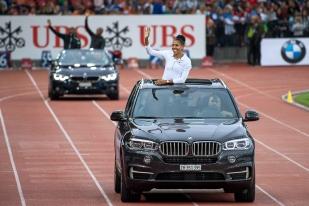 Mujinga Kambundji, bonne quatrième sur les 100 mètres – « ma place préférée cette année », ironise-t-elle – a savouré cet instant de complicité avec le public plein de Zürich. La Bernoise avait terminé, il y a deux semaines, au pied du podium aux 100m, 200m et relais 4x100m des Championnats Européens. Avec trois 4e places, elle est revenue d'Allemagne sans médaille. © leMultimedia.info / Oreste Di Cristino [Zürich]