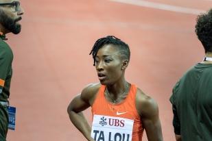 Marie-Josée Ta Lou a pu sembler dépitée en quittant la piste du Letzigrund Stadion à Zürich, mais nul doute qu'elle reste fière du parcours établi tout au long de la saison, du Qatar au Nigéria, où elle a décroché deux médailles d'or (100m et 200m) aux Championnats d'Afrique début août. © leMultimedia.info / Oreste Di Cristino [Zürich]