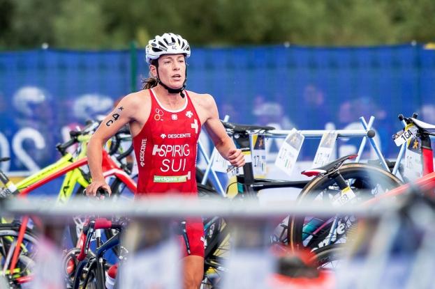 Nicola Spirig a été monumentale en vélo, elle a distancé ses concurrentes après la bosse. © leMultimedia.info / Oreste Di Cristino [Strathclyde]